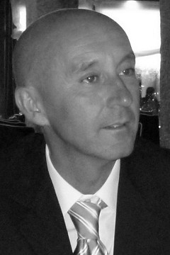 Roberto Colom