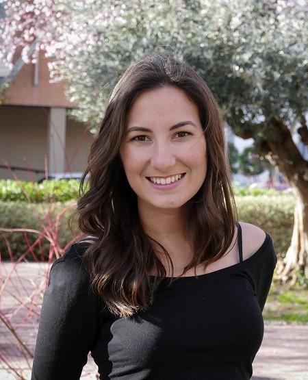 """Jara Santamaría gana el Premio Literario """"la Caixa"""" / Plataforma de novela juvenil"""