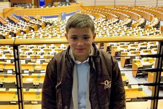 El niño que más lee del mundo tiene solo 11 años y es español