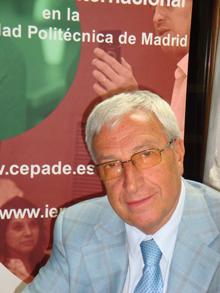Julian Pavón