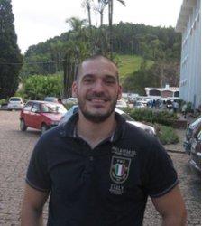 Luis J.Esteban Lezáun